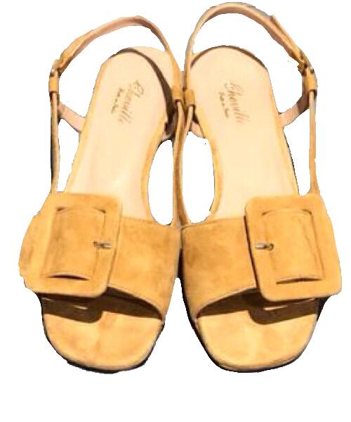 Sandalo Cheville camoscio giallo  fibbia laterale tacco 3 cm