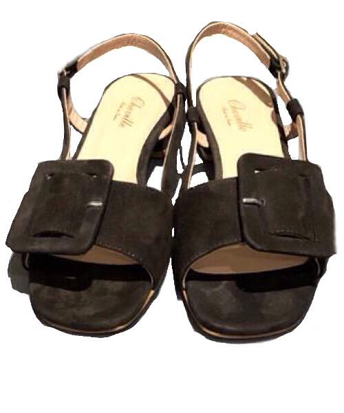 Sandalo Cheville camoscio nero fibbia laterale tacco 3 cm